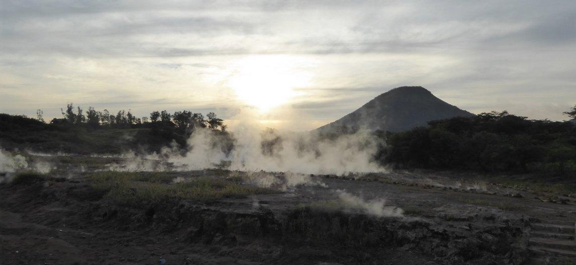 De stomende modderpoelen van San Jacinto.