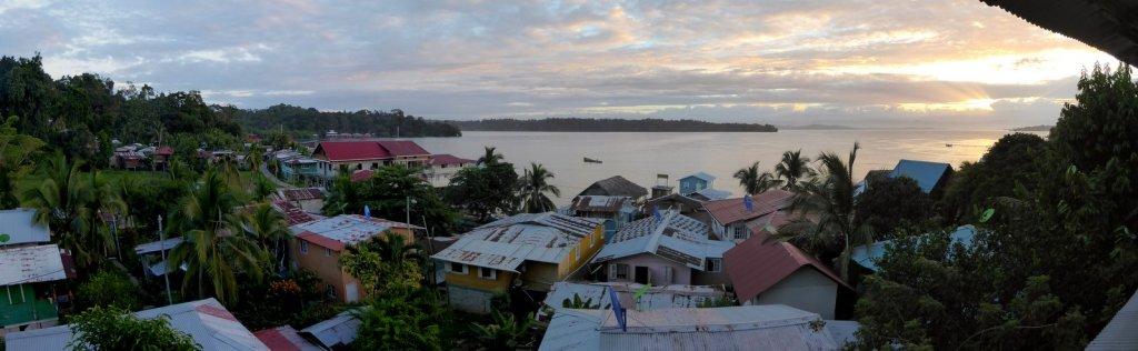 Zonsondergang vanuit de hangmat. Old Bank, Isla Bastimentos (Panama)