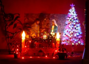 Skitterende kerststal! Santa Fé (Panama)