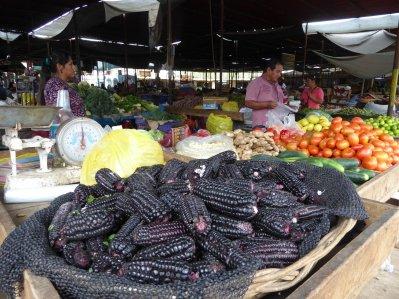 Zwarte mais! Één van de vele kleurtjes overigens. Nazca