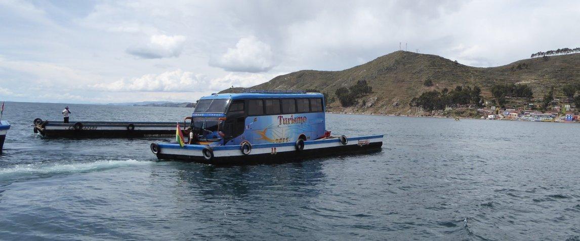 De busboot. Isla del Sol