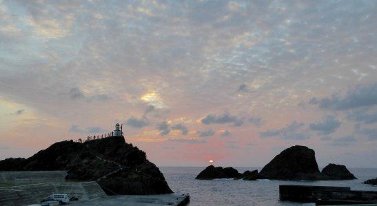 Zonsondergang bij de vuurtoren. Lanyu island