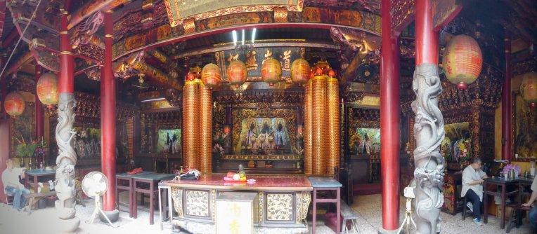 Hangen in de tempel. Tainan
