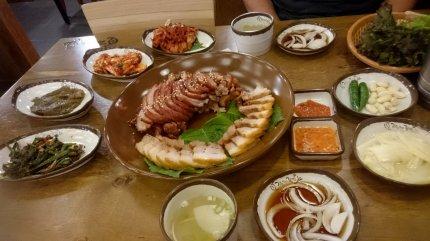 Vlees zoals de Koreanen er van houden... met een randje vet! Daegu, Korea