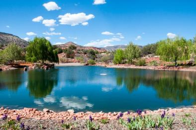 Sedona Mago Retreat Healing Lake