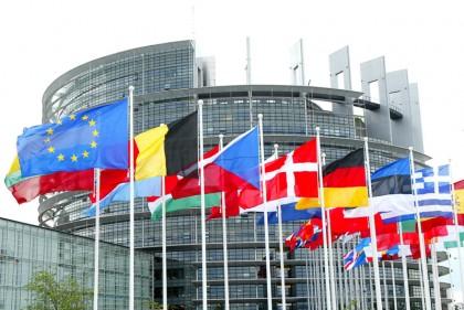 European-Parliament_012816-420x281
