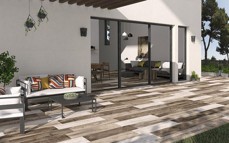 Material cer mico que imita a madera azulejos pe a for Mosaicos para exterior