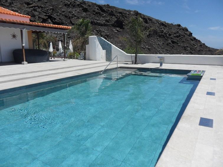 Mistery-Sand-piscinas-azulejos-peña-reformas