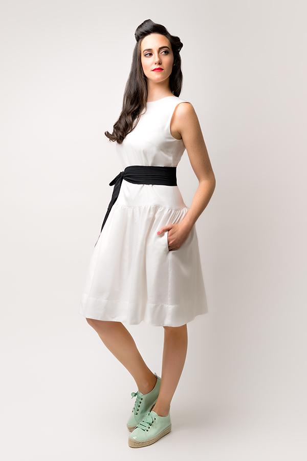 Vestido Hormiga Blanco - Colección SS19 Spring Bichos - Azul Marino Casi Negro