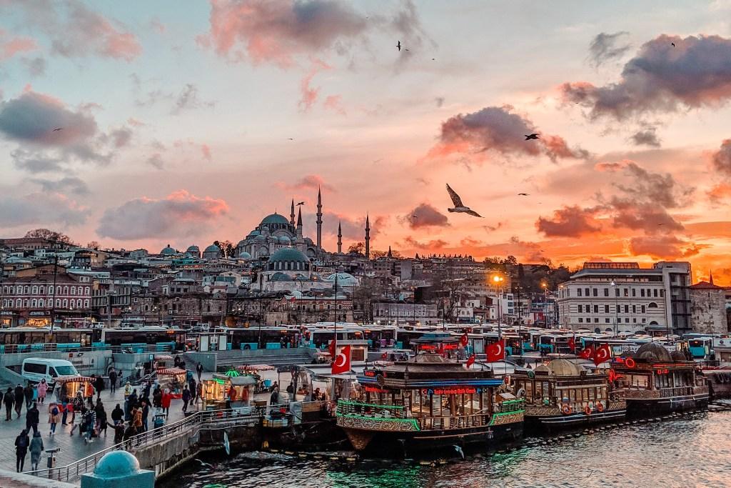 8 Cosas Que Debes Saber Antes De Tu Viaje a Estambul (2020)