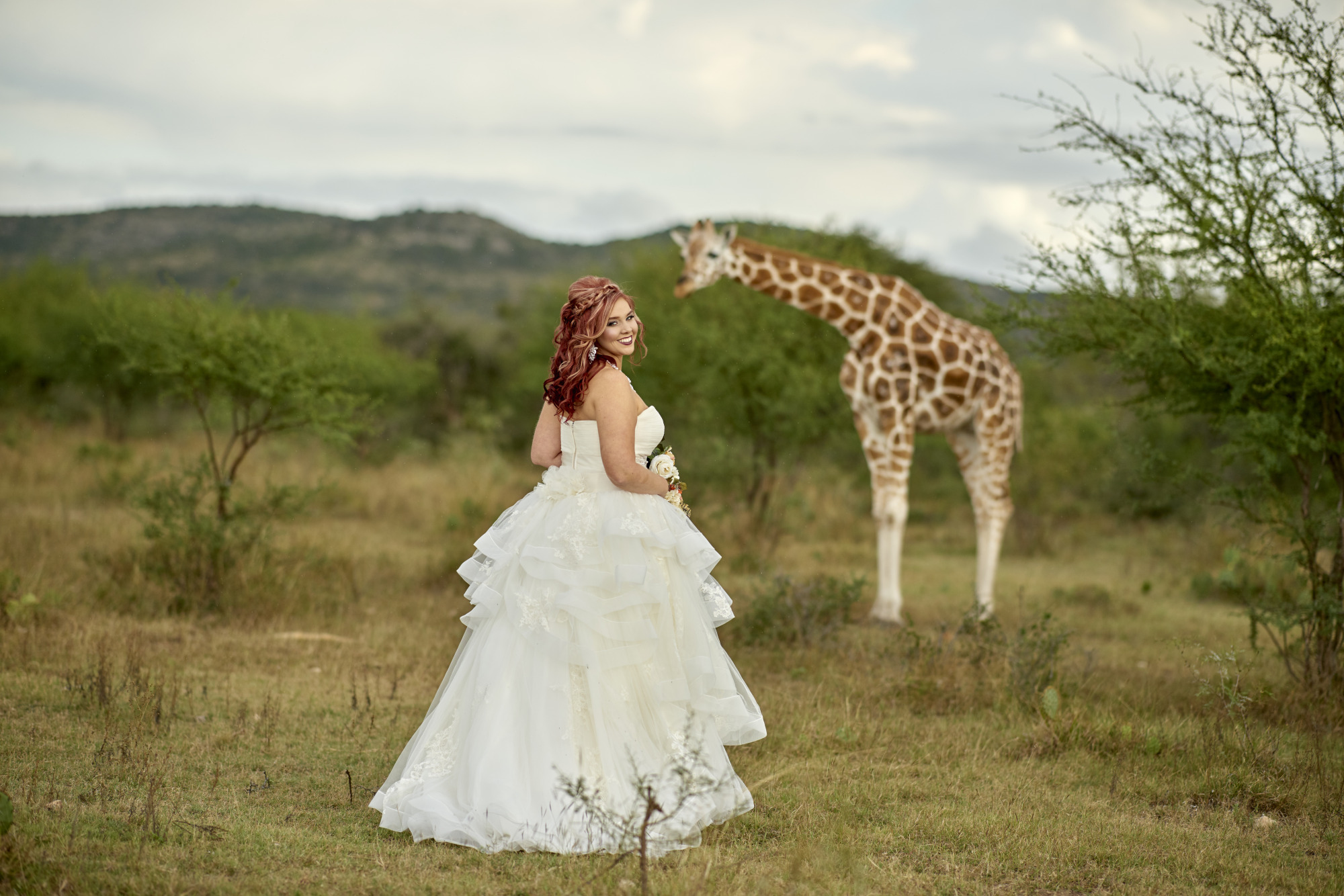 Adventure Bridal Photos - Austin Wedding Photographer - Giraffe Bridal Photos - Austin Wedding Photography Workshop