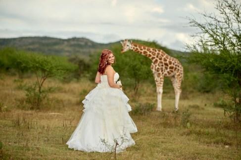 Adventure Bridal Photos - Austin Wedding Photographer - Giraffe Bridal Photos - Austin Wedding Photography Workshop