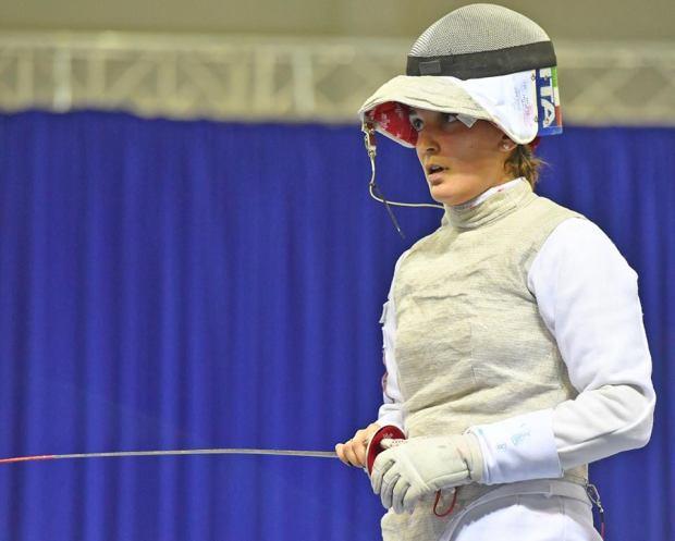 Arianna Errigo concentrata sulle pedane di Tbilisi, dove ha conquistato un oro individuale e uno squadre