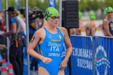 triathlon world series e mondiali mixed relay 2018 amburgo verena steinhauser italia italy world triathlon series hamburg 2018 staffetta mista 2+2 nuoto