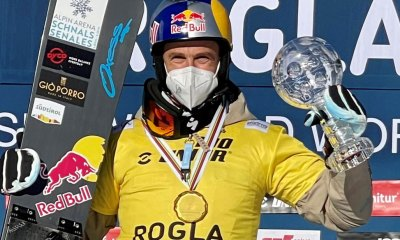 Roland Fischnaller con la Coppa di gigante