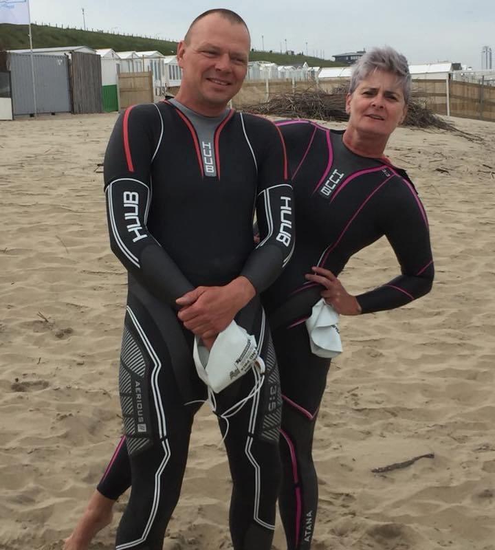 Erik en Bianca voltooien triathlon Zandvoort