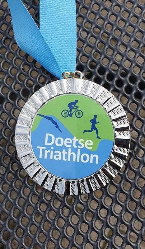 Harry Cornet wint Doetse Triathlon