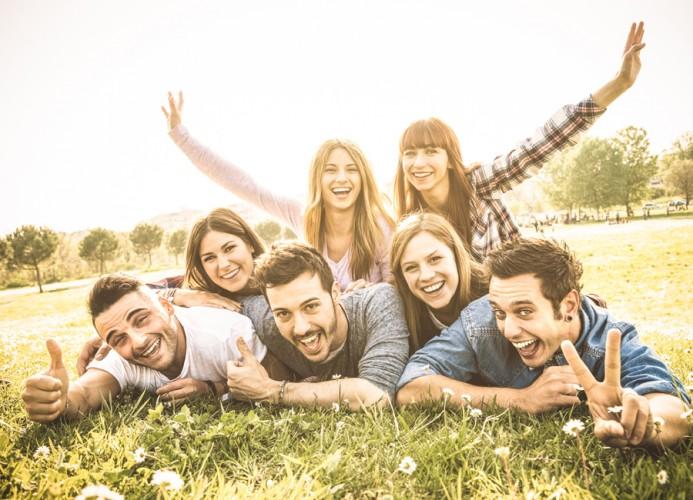 Miksi olla ystäviä Tarvitseeko aikuinen ystävyyttä
