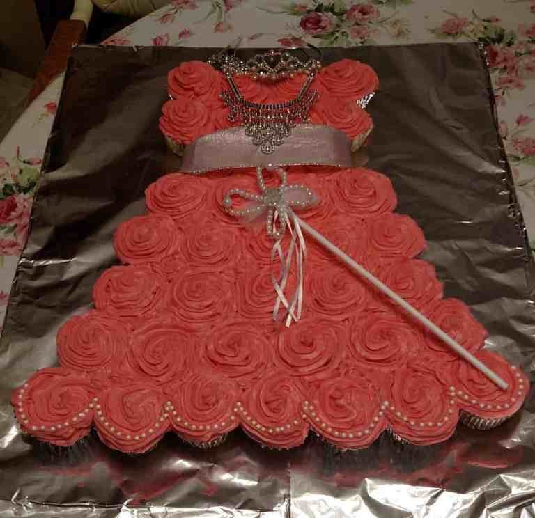 https://www.b4andafters.com/easy-princess-dress-cupcake-birthday-cake/