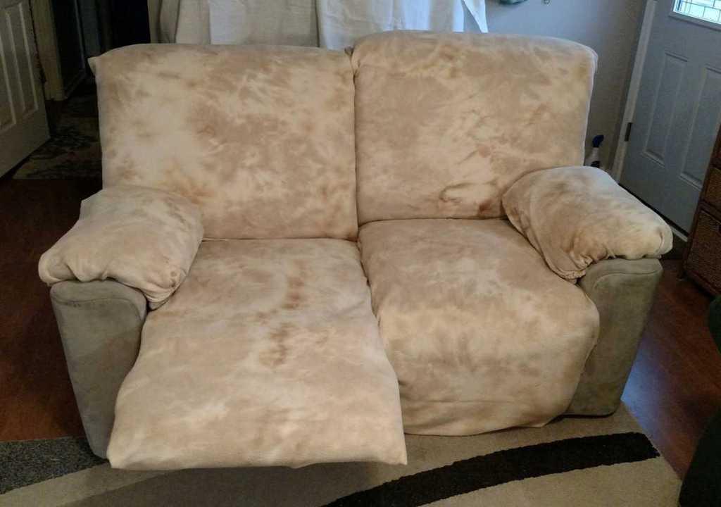 beige mottled slipcovers on recliners