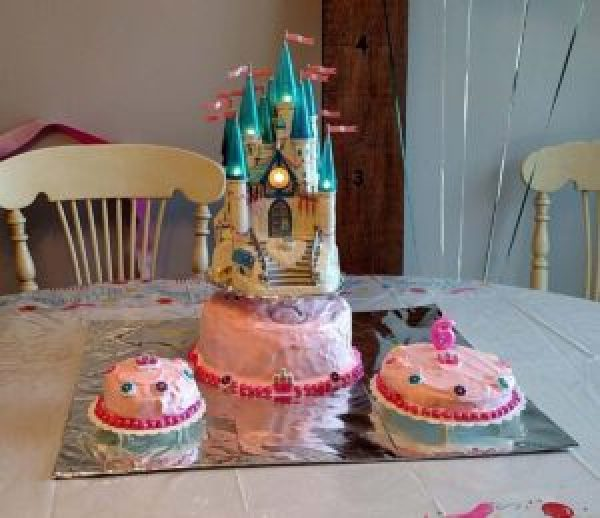 Swell Cinderella Castle Birthday Cake B4 And Afters Funny Birthday Cards Online Fluifree Goldxyz