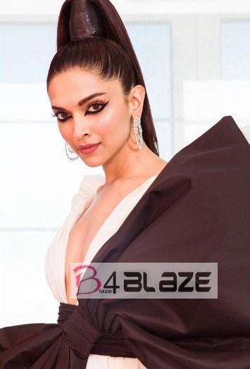 Deepika Padhukone Hot