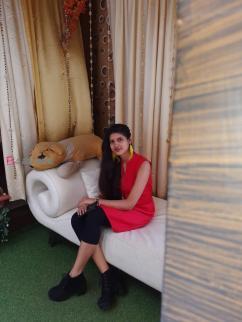 Priya Singh 3