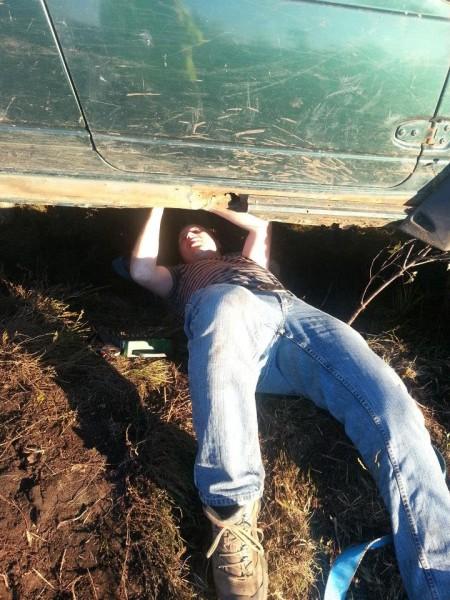 Under bilen