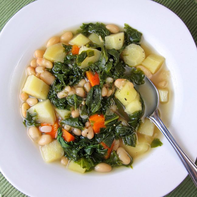 Kale White Bean Vegetable Soup