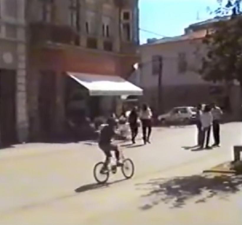 Видео од Битола во безгрижните 90-ти