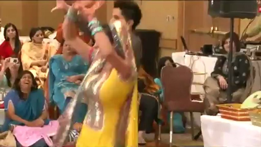 Pakistani Wedding Groom bride best dance