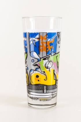Whole Train limited edition Ritzenhoff Graffiti Milkglas Milchglas Serie, 1997