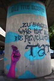 Zu sagen was ist, bleibt die revolutionärste Tat … Rosa Luxemburg Brücke Ginnheim 2016