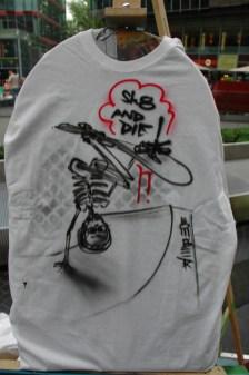 sk8 and die. Live Street Art Airbrushing für SEAT © SONY Center Potsdamer Platz, 2012