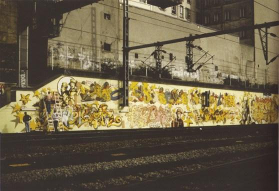 Yellow Wall SNCF Paris, Gare du Nord, 1994