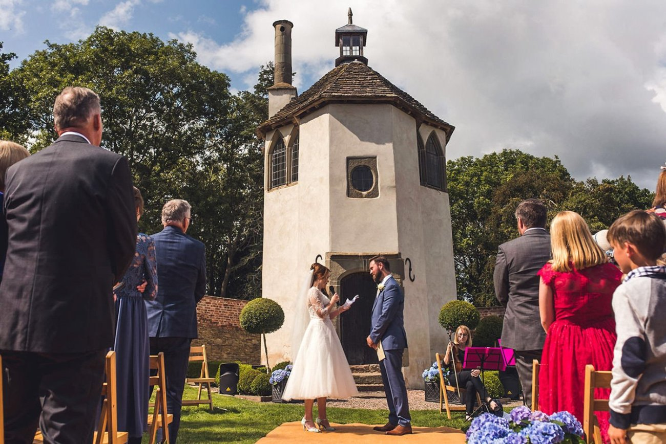 humanist wedding ceremony at homme house herefordshire