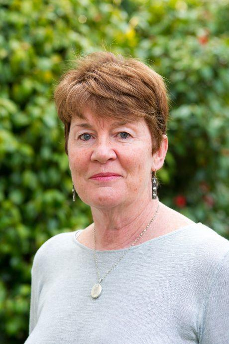 Fiona Barton (auteur de La Veuve) - Babelio