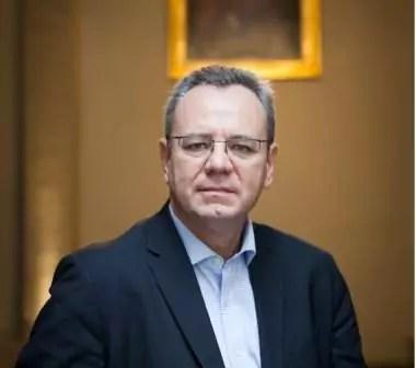 Frederic Pierucci Auteur De Le Piege Americain Babelio