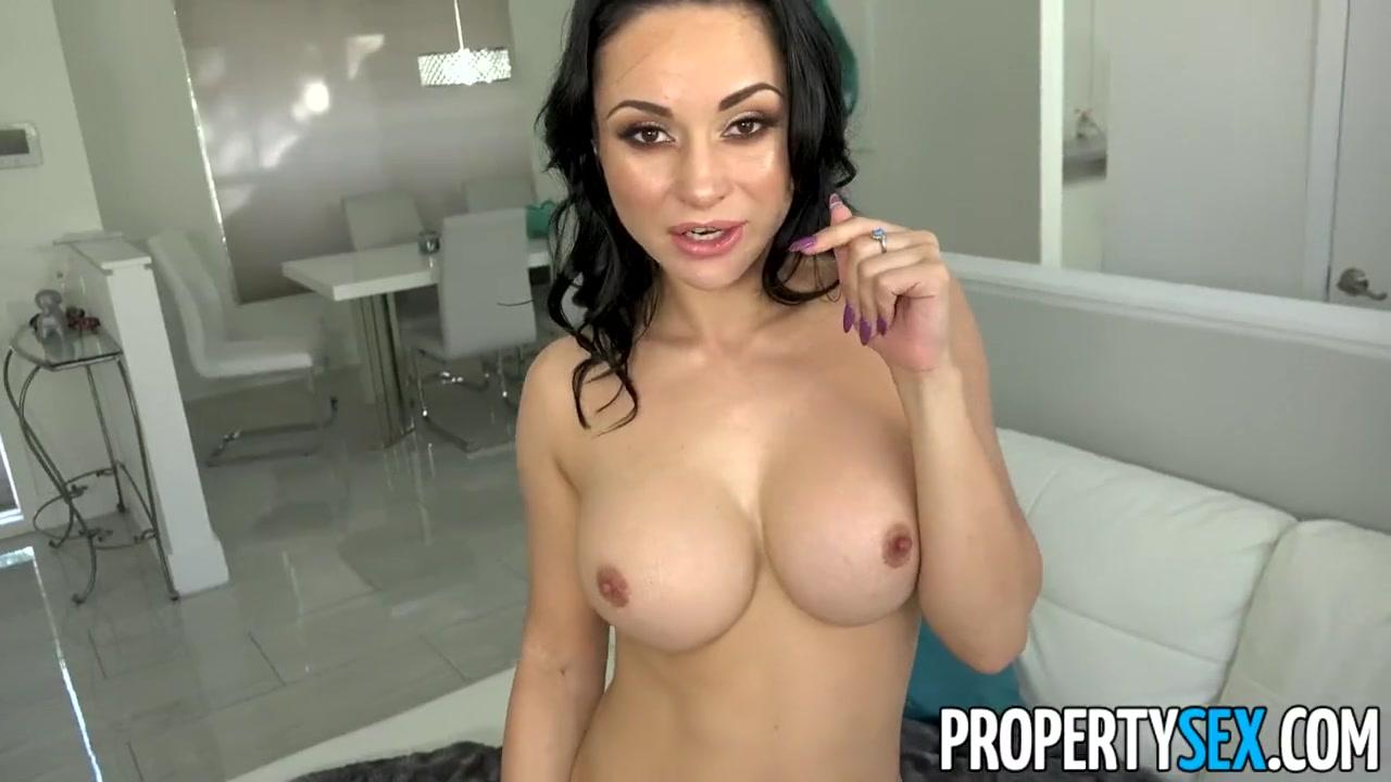 Strapless Dildo Big Tits