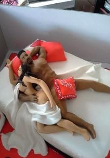 Check out Iyanaya's sexy cake.