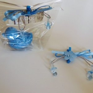 Knijper met mini speentjes blauw
