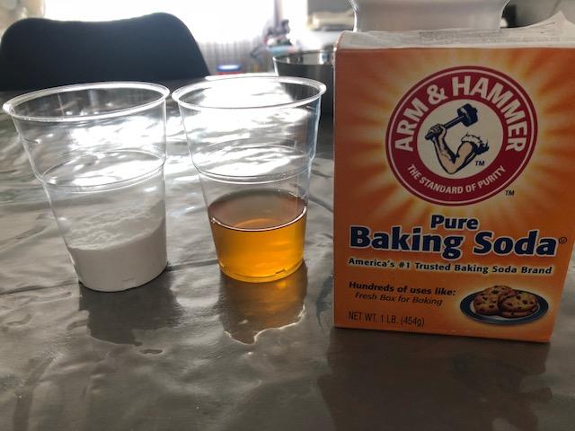 Geslacht van je kindje voorspellen? Doe de Baking Soda test!