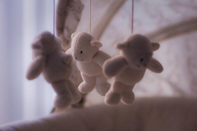 5 tips om je baby (beter) te laten slapen