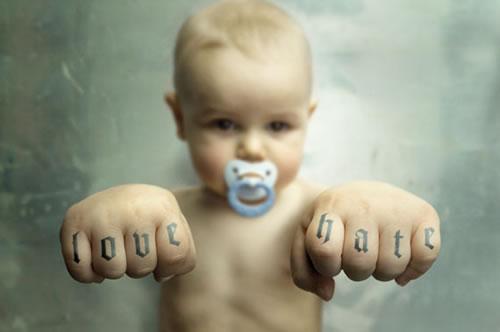 Nomi maschili particolari e moderni per bambini - bambino forte