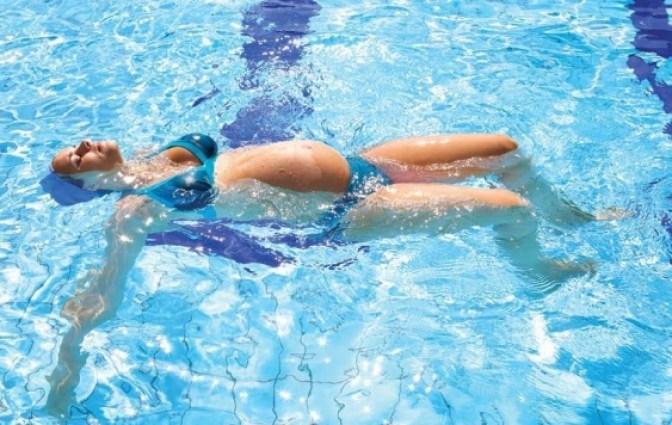 Parto naturale: come si svolge, pro e contro - idroterapia