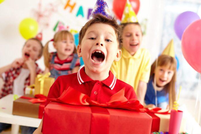 Inviti per il compleanno del bambino - l'etiquette - festa compleanno