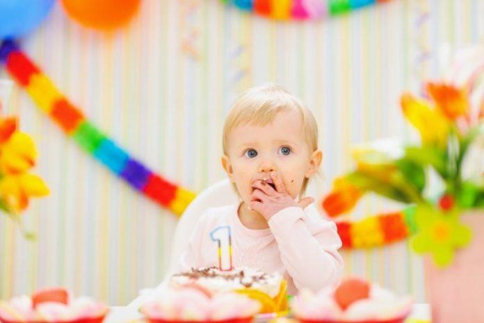 Inviti per il compleanno del bambino - l'etiquette - primo compleanno