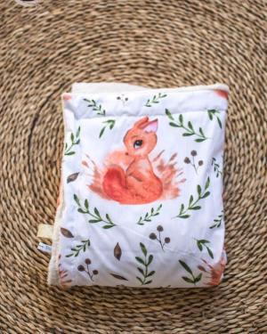 couverture plaid fausse fourrure mouton motif écureuil renard fait main artisanal créatrion