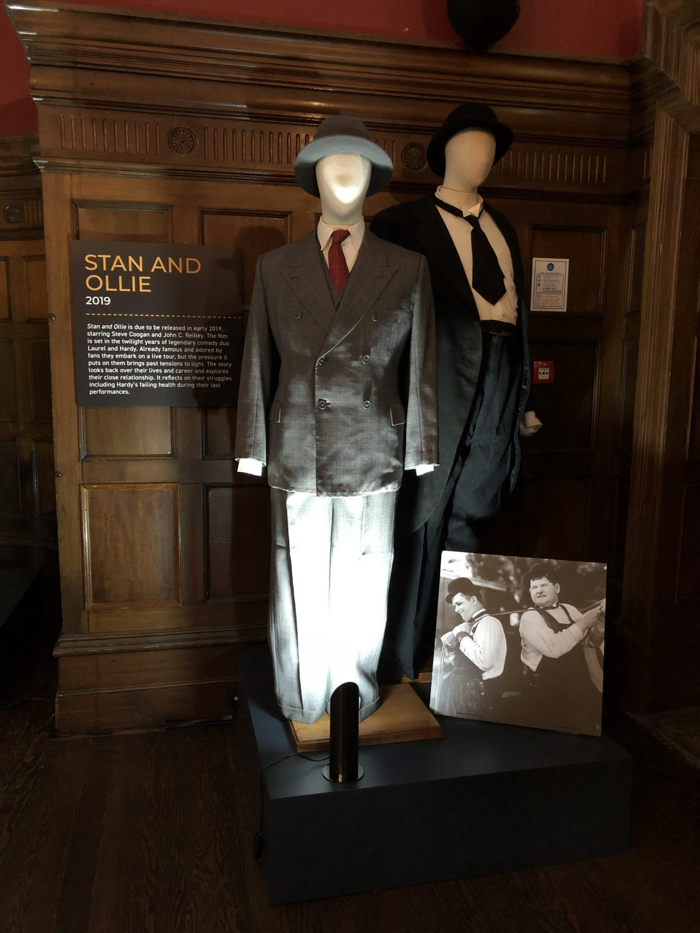 costumes from the movie stan and ollie