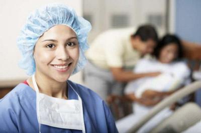 Nurse in a Baby-Friendly Facility
